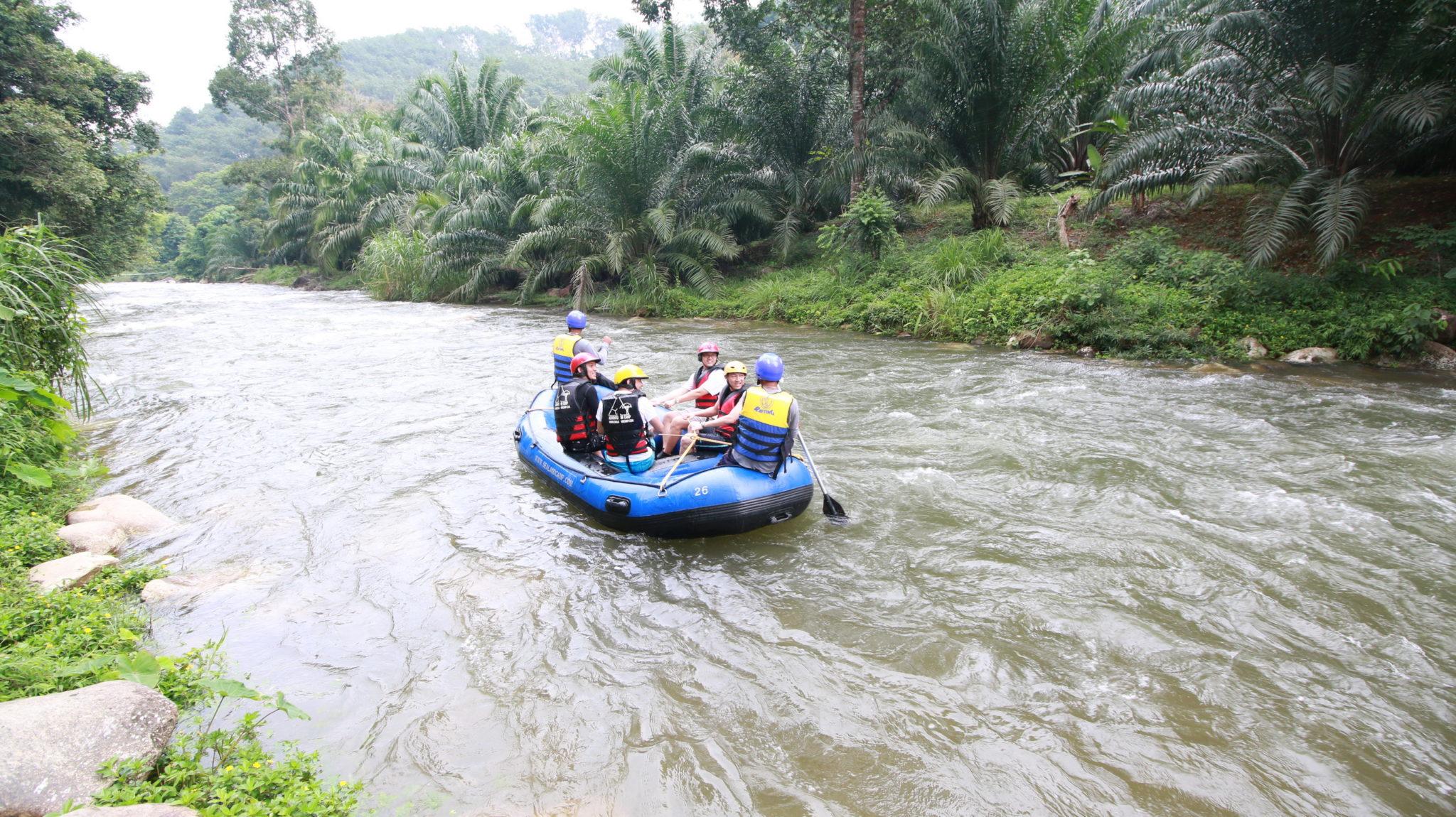 Zjazd rieky na raftoch