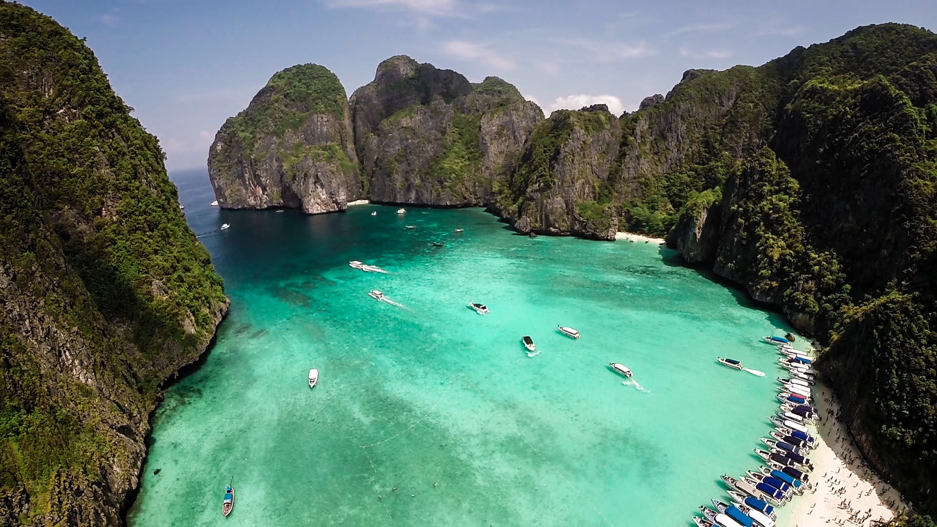 Výlet okolo ostrova Phi Phi