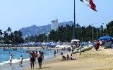 """Acapulco už není letovisko jen pro """"horních deset tisíc"""", ale i pro bláznivé skokany"""