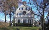 Jaké jsou domy ze slavných hororů: podivné věci se nedějí jen před kamerou