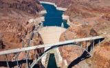 Sedm úžasných divů USA: Patří mezi ně superpřehrada i ikonický oranžový most