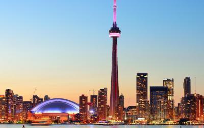 CN Tower a centrum města | Toronto