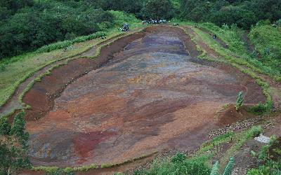 Barevné půdy | Mauritius Národní park Black river