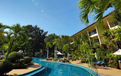 0 swimming-pool-pattaya2