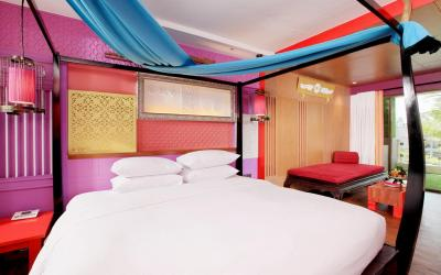 patong_beach_hotel_-_junior_suite_sunset_wing_11