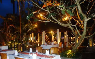 patong_beach_hotel_-_papaya_thai_village2