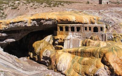 Puente del Inca   Argentina