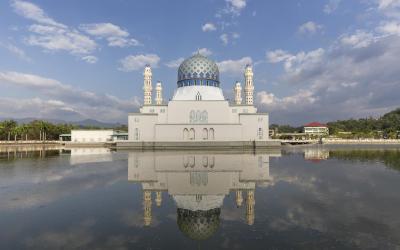 Masjid Bandaraya In Kota Kinab   Indie