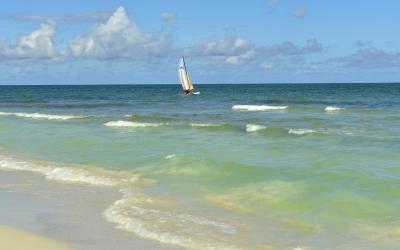 BEACH_D1311_008