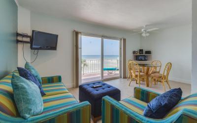 Beachfront Living | The Outrigger Beach