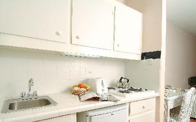 pokoj superior studio - kuchyňka | superior-studio-kitchenette