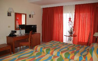 RENOVATED ROOMS 3