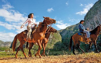 MK CC-horseriders_vinales