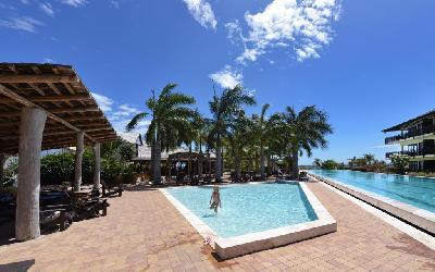 Lions Dive Beach Resort 09