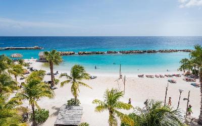 Lions Dive Beach Resort 01