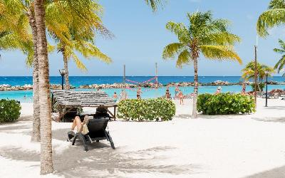 Lions Dive Beach Resort 05