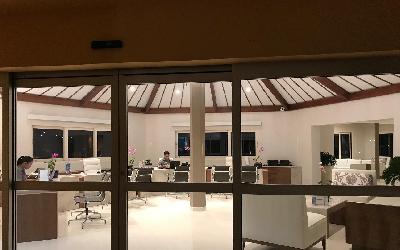 Bucuti new lobby1