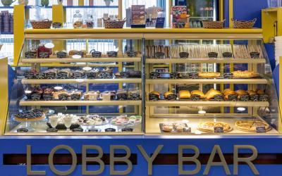 lobby bar 2