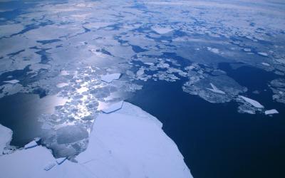 Blížíme se k Antarktidě