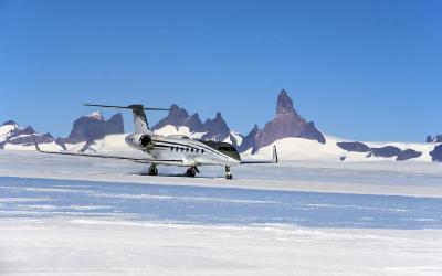 Přistání na ledové ranveji