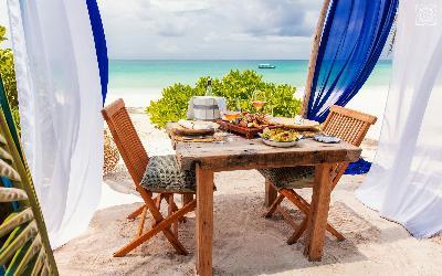 obed na pláži