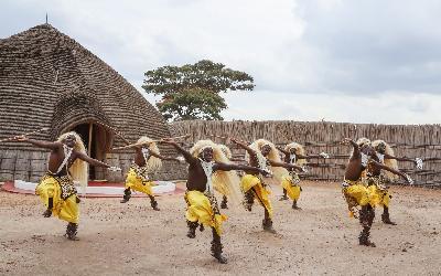 Rwanda | Nyanza_královský palác
