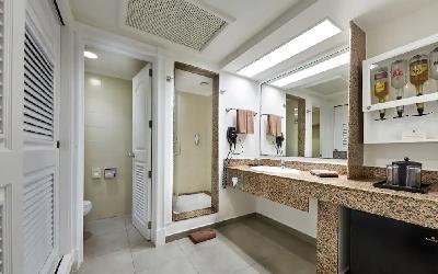 Double Standard Room - Bathroom