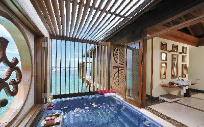 Ocean Suite Bathroom