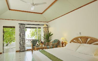 Deluxe Beach Villa interior