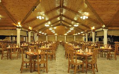 Maaniya Restaurant Interior