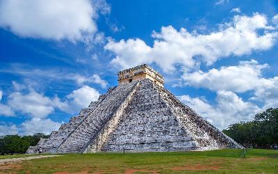pyramid-2826190_1920
